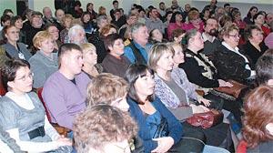 Угличская публика на концерте проекта «Уездная арт-гостиная «Волжские премьеры».