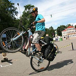 Гонки на самодельных велосипедах, соревнования по медленной езде - добро пожаловать на знаменитый Угличский велофестваль! 8470_129