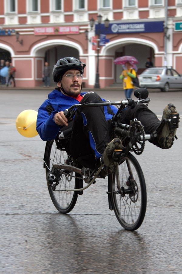 Гонка на самодельных велосипедах